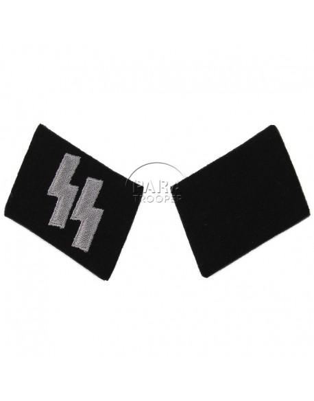 Collar tabs, Waffen SS, Schütze / Oberschütze