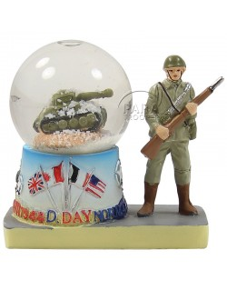 Snow globe, tank & soldier, small