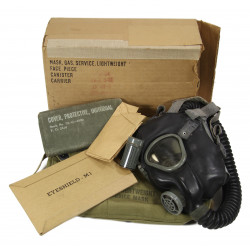 Mask, Gas, Lightweight, 1943, with original cardboard