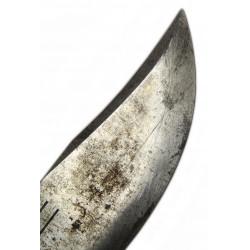 Couteau V-44, Kinfolks