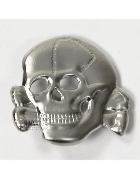 Insigne tête de mort, métal