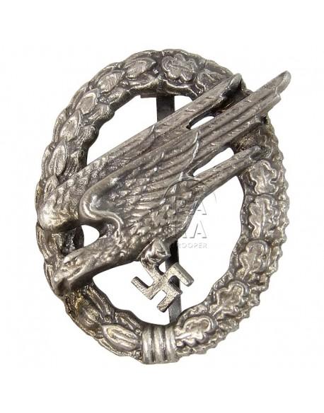 Badge, Parachutist, Luftwaffe, metal