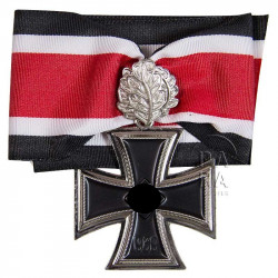 Knight's Cross of the Iron Cross with oak leaves, 1939
