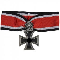 Croix de chevalier avec feuilles de chêne et glaives, 1939