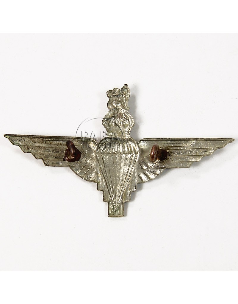 cap badge  parachute regiment