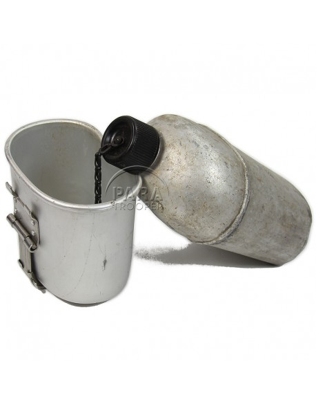 Canteen and cup, type US