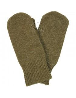 Mittens, wool, trigger finger