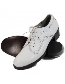 Chaussures basses blanches, en cuir NNC / USN