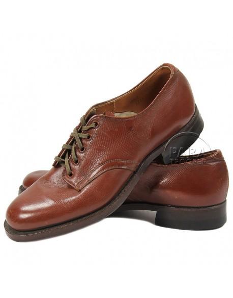 Chaussures en cuir pour officier