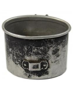 Gobelet de gourde en alu, 1937