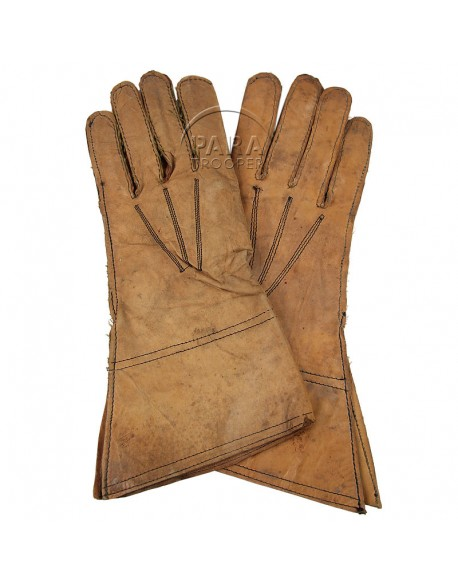 Gloves, leather, 1943