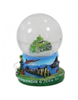 Snow globe, tank, small