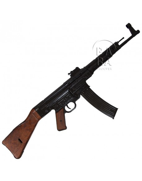 Sturmgewehr MP 44 (STG 44)