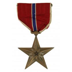 Médaille Bronze Star, nominative