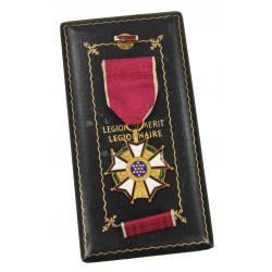 Medal, Legion of Merit, in box, Legionnaire, Named